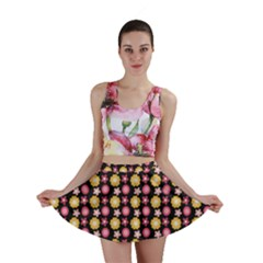 Cute Floral Pattern Mini Skirts by creativemom