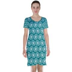 Gerbera Daisy Vector Tile Pattern Short Sleeve Nightdresses