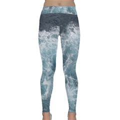 OCEAN WAVES Yoga Leggings by trendistuff