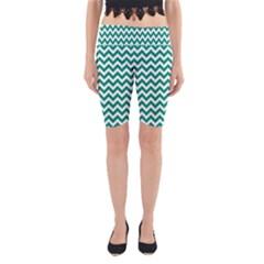 Emerald Green & White Zigzag Pattern Yoga Cropped Leggings by Zandiepants