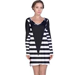 Black & White Stripes Big Triangle Long Sleeve Nightdress by EDDArt
