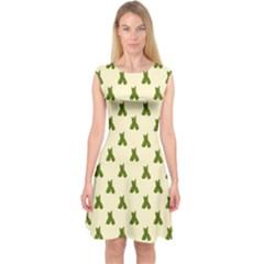 Leaf Pattern Green Wallpaper Tea Capsleeve Midi Dress by Nexatart