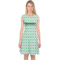 Crown King Triangle Plaid Wave Green White Capsleeve Midi Dress