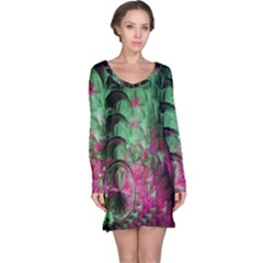 Pink And Green Shapes Make A Pretty Fractal Image Long Sleeve Nightdress