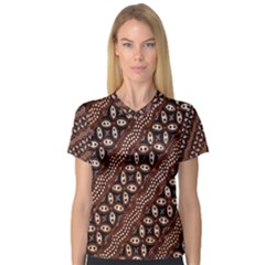 Art Traditional Batik Pattern V Neck Sport Mesh Tee by BangZart