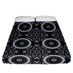 Oriental Pattern Fitted Sheet (queen Size) by ValentinaDesign