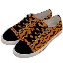 Pattern Halloween Bats  Icreate Men s Low Top Canvas Sneakers by iCreate