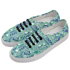Cute Doodle Flowers 9 Women s Classic Low Top Sneakers by tarastyle