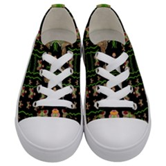 Roses In The Soft Hands Makes A Smile Pop Art Kids  Low Top Canvas Sneakers