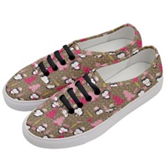 Christmas Pattern Women s Classic Low Top Sneakers by tarastyle