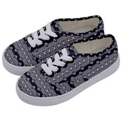 Native American Pattern 9 Kids  Classic Low Top Sneakers by Cveti
