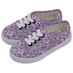 Pattern Kids  Classic Low Top Sneakers by gasi
