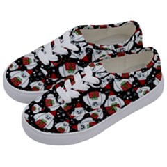Yeti Xmas Pattern Kids  Classic Low Top Sneakers by Valentinaart