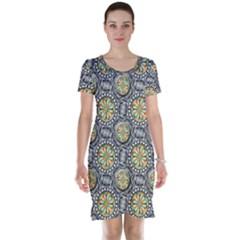 Beveled Geometric Pattern Short Sleeve Nightdress by linceazul