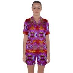 Shimmering Pond With Lotus Bloom Satin Short Sleeve Pyjamas Set