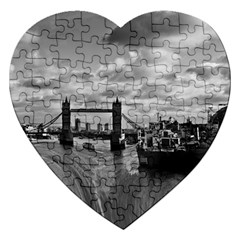 River Thames Waterfall Jigsaw Puzzle (heart) by Londonimages
