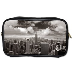New York, Usa Single Sided Personal Care Bag by artposters