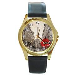 Elegant Red Kiss Love Paris Eiffel Tower Round Metal Watch (gold Rim)  by chicelegantboutique