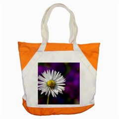 Daisy Accent Tote Bag by Siebenhuehner