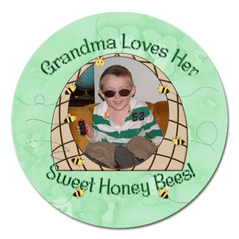Sweet Honey Bees Round 5 Inch Magnet By Chere s Creations   Magnet 5  (round)   H5jhpf1souy9   Www Artscow Com Front