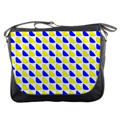 Pattern Messenger Bag by Siebenhuehner