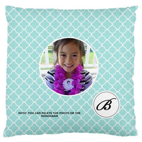 Cushion Case Quatrefoil3 By Jennyl   Large Cushion Case (one Side)   748puhxk24u6   Www Artscow Com Front