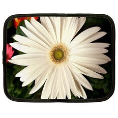 Daisy Netbook Case (xxl)  by infloence