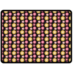 Cute Floral Pattern Fleece Blanket (Large)  by creativemom