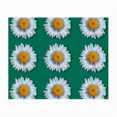 Daisy Pattern  Small Glasses Cloth (2 Side) by theimagezone