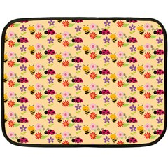 Colorful Ladybug Bess And Flowers Pattern Fleece Blanket (mini)
