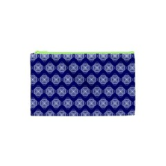 Abstract Knot Geometric Tile Pattern Cosmetic Bag (XS) by creativemom