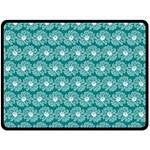 Gerbera Daisy Vector Tile Pattern Fleece Blanket (Large)