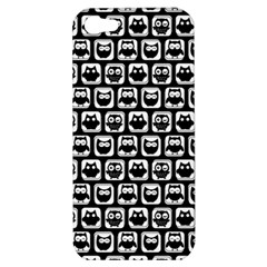 Black And White Owl Pattern Apple Iphone 5 Hardshell Case by creativemom