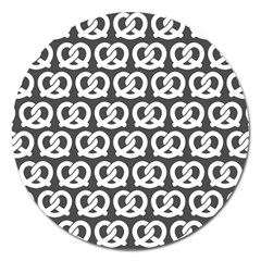 Gray Pretzel Illustrations Pattern Magnet 5  (round) by creativemom