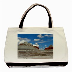 PETRIFIED FORREST TEPEES Basic Tote Bag  by trendistuff