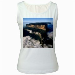 Mount Roraima 2 Women s Tank Tops by trendistuff