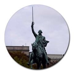 Washington Statue Round Mousepads by trendistuff