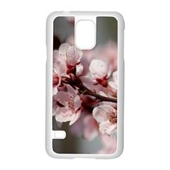 PLUM BLOSSOMS Samsung Galaxy S5 Case (White) by trendistuff
