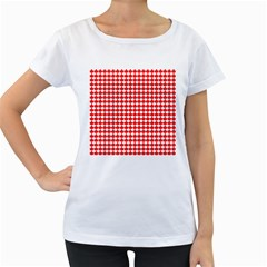 Red And White Scallop Repeat Pattern Women s Loose-Fit T-Shirt (White) by PaperandFrill