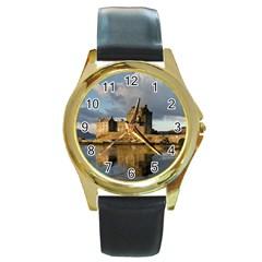 Eilean Donan Castle Round Gold Metal Watches by trendistuff