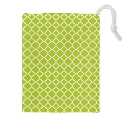 Spring Green Quatrefoil Pattern Drawstring Pouch (xxl) by Zandiepants