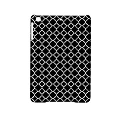 Black & White Quatrefoil Pattern Apple iPad Mini 2 Hardshell Case by Zandiepants