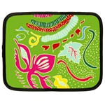Green Organic Abstract Netbook Case (Large)