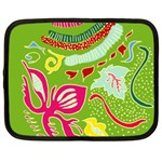 Green Organic Abstract Netbook Case (XXL)