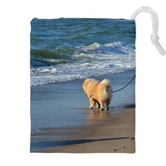 Chow Chow On Beach Drawstring Pouches (XXL) by TailWags