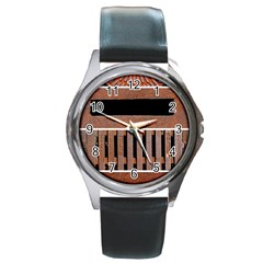 Stainless Structure Collection Round Metal Watch