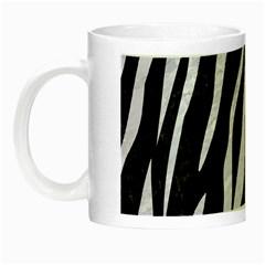 Skin3 Black Marble & White Marble Night Luminous Mug by trendistuff