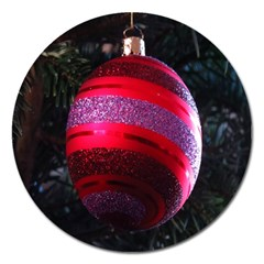 Glass Ball Decorated Beautiful Red Magnet 5  (Round) by Nexatart
