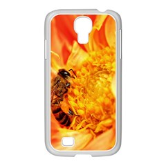 Honey Bee Takes Nectar Samsung GALAXY S4 I9500/ I9505 Case (White)