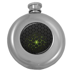 Green Android Honeycomb Gree Round Hip Flask (5 Oz) by Onesevenart